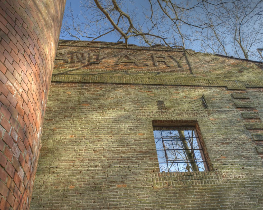 Ghost Sign C&A